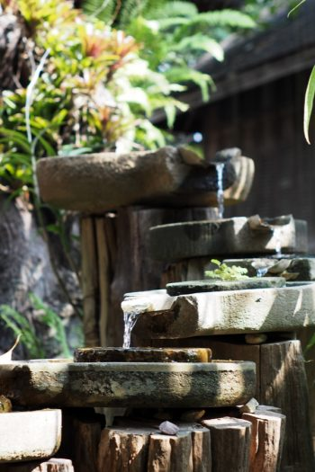 Here are some amazing and easy to make DIY garden waterfalls that are a great addition to any backyard. Whether you have a big space, or a small corner, there's a garden waterfall idea here for you. Take a look!