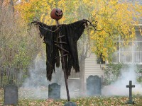 13 Spooky Halloween Yard Decor Ideas| Halloween Yard Decorations, Halloween Yard Ideas, Halloween Yard Ideas Scary, Yard Decorations, Yard Decorations DIY, Yard Decor Ideas, Popular Pin #HalloweenYardDecorations #HalloweenYardIdeas #HalloweenYardIdeasScary