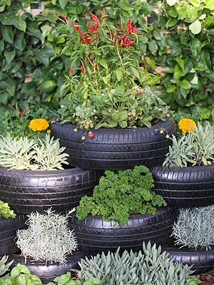 15 Creative Ways to Make a Herb Garden| Herb Gardening, Herb Garden, Herb Garden ideas, Container Garden Ideas, Container Gardening, Herb Gardening for Beginners #HerbGardening #HerbGardenIdeas #HerbGardeningforBeginners