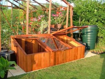 18 DIY Greenhouses16