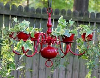 DIY gardening, outdoor living, outdoor gardening hacks, container gardening, DIY container gardening, popular pin, garden, gardening tips and tricks.