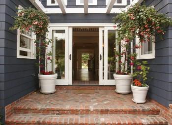 33 Beautiful Front Porch Flower Pots3
