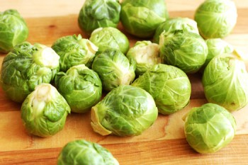 Winter garden vegetables: Brussel sprouts
