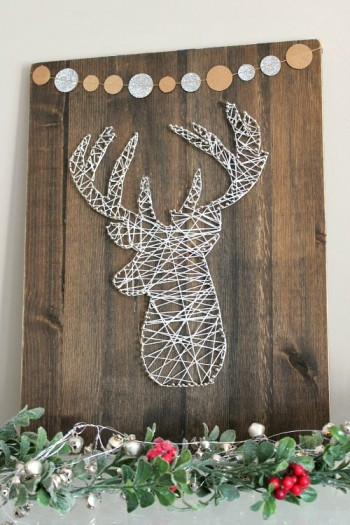 15-ways-to-decorate-your-christmas-front-porch12