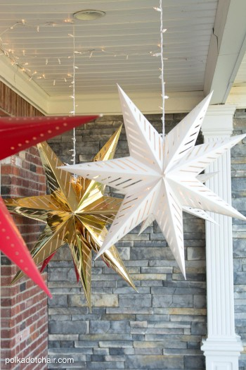 15-ways-to-decorate-your-christmas-front-porch4