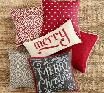 15-ways-to-decorate-your-christmas-front-porch9