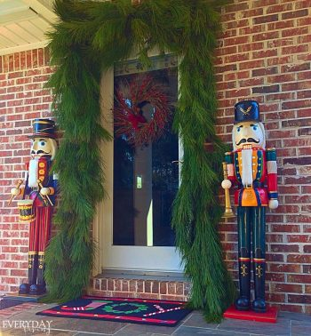 20-of-the-best-outdoor-holiday-decorations11