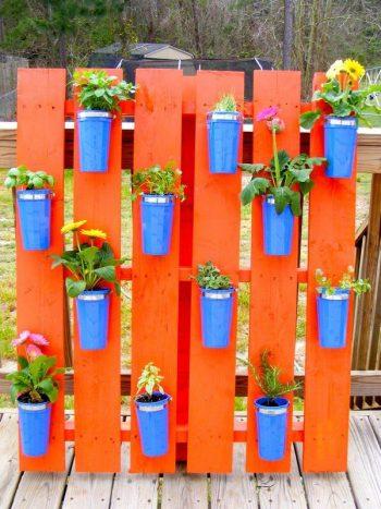 14-crazy-cool-vertical-gardening-ideas9