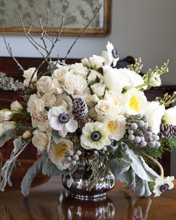15-winter-floral-arrangements-that-will-leave-you-speechless12