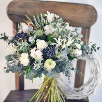 15-winter-floral-arrangements-that-will-leave-you-speechless7
