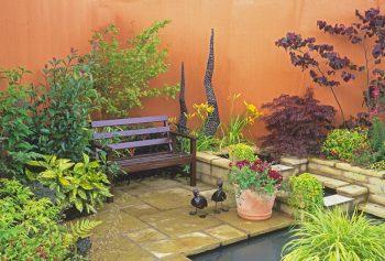 Small Garden Solutions | Small Gardens | Small Garden | Small Garden Ideas | Small Garden Solution Ideas | Utilize Space in a Small Garden | Utilize Space