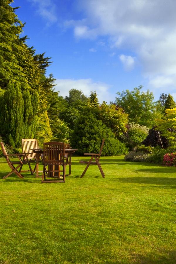 benefits of teak furniture | garden furniture | outdoor furniture | teak furniture | teak | outdoor | garden